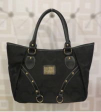 Shiny Black Ladies Shoulder Bag