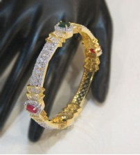Red and Green Stone With White Pearl Bangle